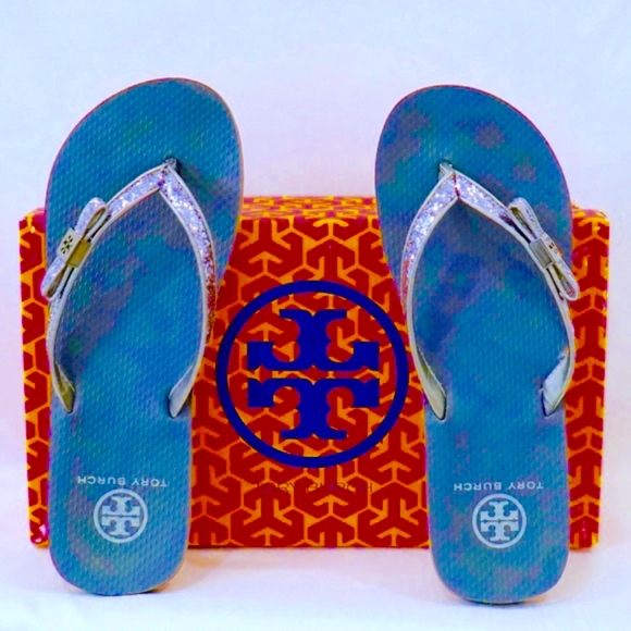 e8c0a8875 TORY BURCH~carey glitter bow~FLIP FLOP~PEWTER GRAY.  M 5bec598c6a0bb702d9f0c7be
